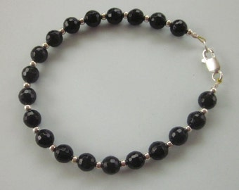 Unique Onyx beads and tiny silver bead Bracelet / 7 inches long / Ready to ship