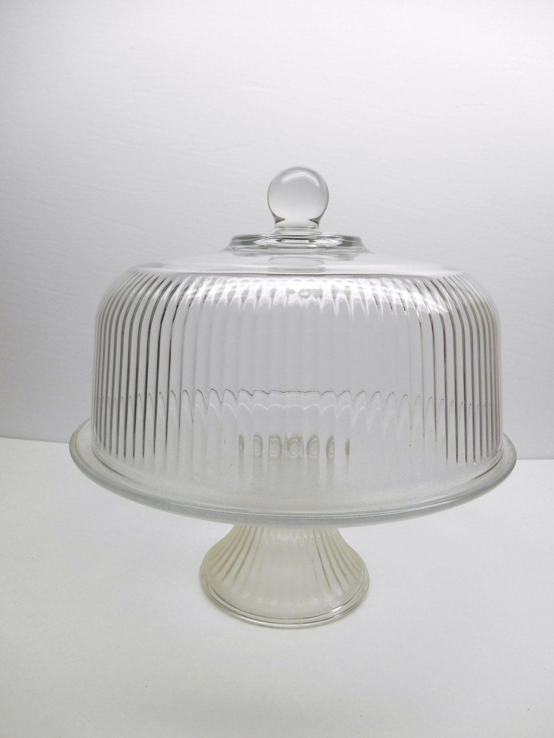 vintage glass cake stand with glass dome. Black Bedroom Furniture Sets. Home Design Ideas