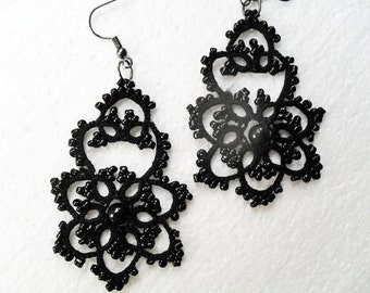 Tatted earrings with glass beads, lace earrings