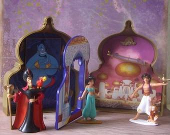 Disneys Aladdin Once Upon a Time Playset, Case with original figures, 1992