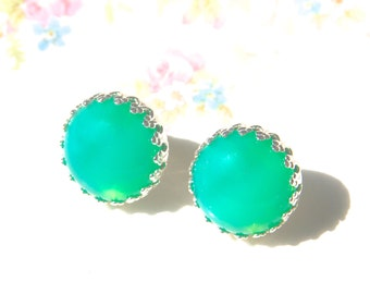 Green Opal Round Jade Green Rhinestone Post Earrings - Silver Prong Post Earrings, Wedding, Bridal, Bridesmaid, Beach,