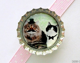 Cat Magnet, Bottle Cap Magnet, fridge magnet, cat lover gift, whimsical decor cat art magnet, funny gift cat lady gift, birthday party favor
