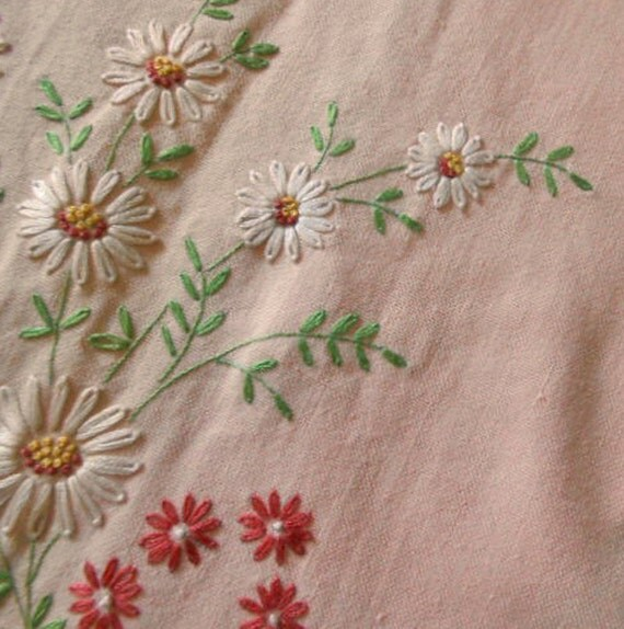 S hand embroidered pastel peach tablecloth pink daisy