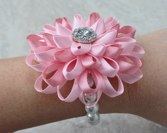 Wrist Corsage, Pink Wrist Corsage, Pale Pink Corsage, Pink Wedding Flowers, Pink Bridesmaid Flowers, Mother of the Bride Flower, Corsages