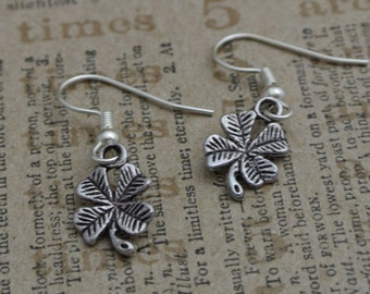 Silver plated clover earrings