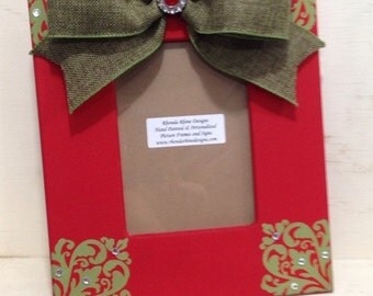 Christmas Frame in Red with Green Corner Designs and Burlap Bow