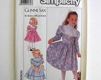Simplicity 9438 Gunne Sax by Jessica McClintock Girls Dress Sizes 3, 4, 5, 6 Copyright 1989