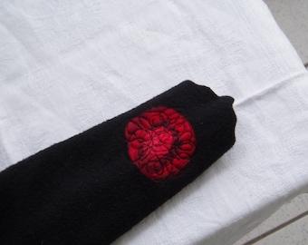 ARM WARMERS... 301B... Black Red