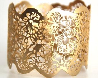 dainty Gold bracelet,gold bracelet, lace bracelet, Lace cuff bangle,statement bracelet