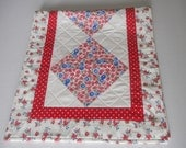 Quilted Table Runner Red White Blue, Retro Style Quilted Table Topper, Feed Sack Reproduction Table Quilt, Cottage Shabby Chic Runner