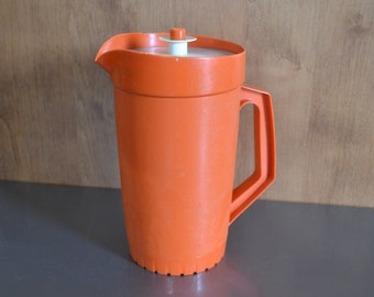 Awesome Vintage Tupperware Pitcher