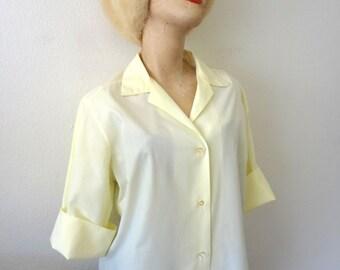 Vintage 1960s Blouse: 60s pale yellow button front shirt