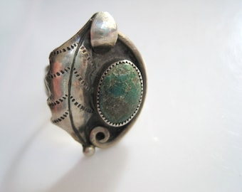 Vintage Southwestern Ring - Sterling Silver and Natural Turquoise - Size 6 3/4