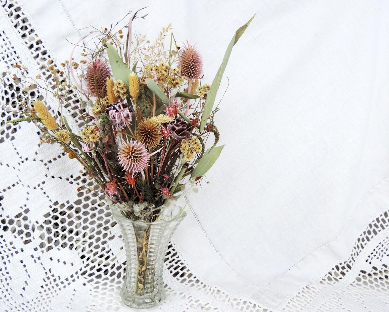 bouquet de fleurs s ch es arrangement fleurs sauvages. Black Bedroom Furniture Sets. Home Design Ideas