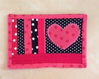 Quilted mug rug - Valentine's Day - red and black - oversized coaster