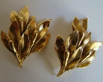 YSL Yves Saint Laurent Golden foliage model Galion Earrings