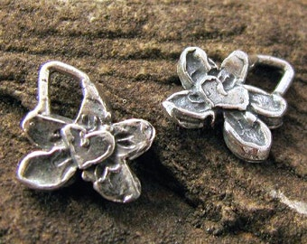 2 Sterling Silver Flower Charms with Raised Hearts 10mm AC108