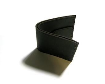 Bi-fold Handmade Leather Wallet in Black