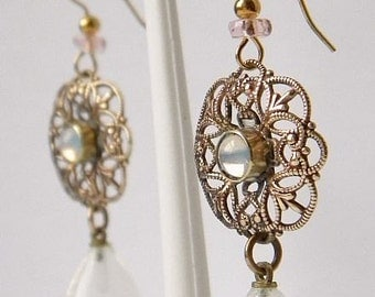 Lovely Victorian Style Dangling Opalescent Glass Earrings