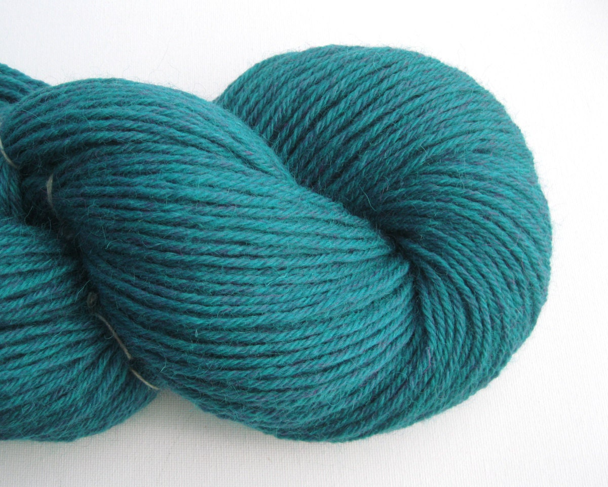 Worsted Weight Yarn : Recycled Wool Yarn Worsted Weight Yarn 300 by ThoughtfulRoseSupply