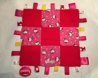 Pretty Hello Kitty Taggie Blankie