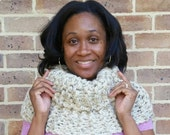"""OUTLANDER inspired cowl. Knitted, rustic cowl. Thick, natural yarn in a color called """"oatmeal."""" Acrylic, wool and rayon blend. Luxurious."""