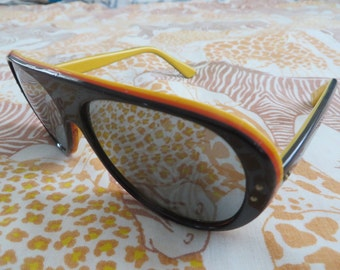 Vintage 70s 80s 3 tone JAPAN SUNGLASSES
