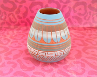 Navajo Hand Pained Clay Vase With Feather Motif