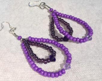 Monochromatic Dangle Earrings by ChoklatTea