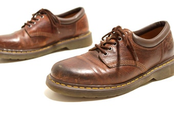 mens size 10 DOC MARTEN 90s low rise GRUNGE shoes