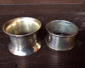 Vintage English napkin rings mismatched duo 1940s-1950s / English Shop
