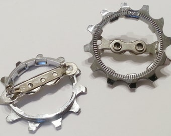 Bicycle Bike Gear Boutonniere Mens Wedding Groomsmen, Listing is for ONE ACBOUT01