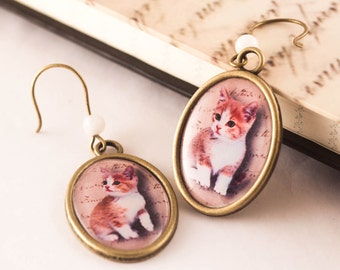 CAT EARRINGS, CAT Jewelry, Cat Lover Gift, Cameo Cat Earrings, Gift For Her, Romantic Gift, Resin Earrings, Everyday Jewelry, Cats, Kitten