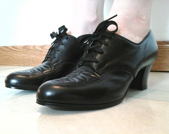 1960s Oxford Heels Vintage 60s Black Lace Up Pumps NOS - 6