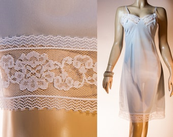 NWOT unworn silky soft really sheer baby blue nylon and delicate white lace detail 1950's vintage full slip petticoat - 3077