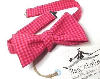 freestyle mens bow tie / gingham / freestyle bowtie - adjustable self tie - just bow ties for men / I am a maker of bespoke bowties