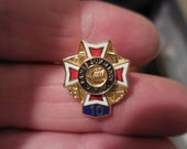 Vintage Veterans Enamel 1990s Gold Tone Tiny 10 year Pin VFW Ladies Auxiliary Red White Blue Eagles Swords Anchors Rifles Military