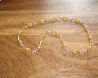 vintage necklace goldtone pink glass