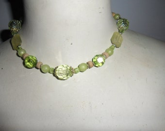 Authentic Vintage Very Beautiful Green Plastic Bead Necklace