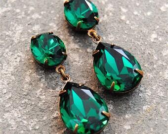 Emerald Green Earrings Swarovski Crystal Rhinestone Earrings Post or Clip on Tear Drop Earrings Duchess Hourglass Mashugana