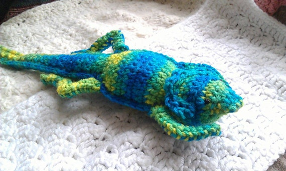 Knitting Pattern For Bearded Dragon : Crocheted Bearded Dragon Plushie in Banana Berry Print