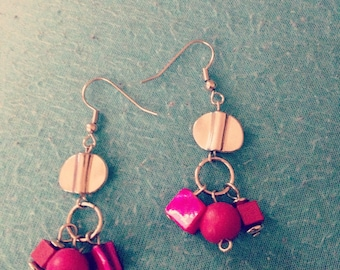 Pink bead dangle earrings