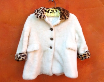 Vintage 1950s 1960s Girl's White Faux Fur Leopard Trim Winter Swing Coat. 2T 3T