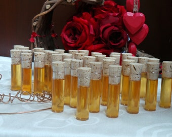 Winery Bridal Shower Favors, Honey Favors, 12 Vials