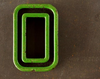 """Vintage Industrial Letter """"O"""" / Number """"0"""" Black with Green and Red Paint, 2"""" tall (c.1940s) - Monogram Display, Shadow Box Letter, Art"""