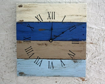Pallet Wood Clock, Rustic ReClAiMeD Beach House style...in Beachy Blues and Natural Hues. Coastal theme. Distressed...Customize Your Clock