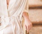 Samantha Silk Kimono Bridal Robe Bridesmaids Robes in Ivory