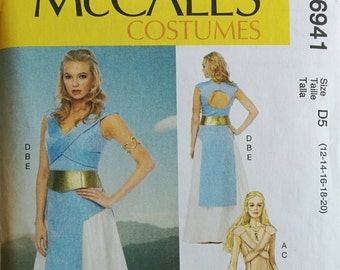 Woman's Medieval Game of Thrones Costume Pattern Queen McCall 6941