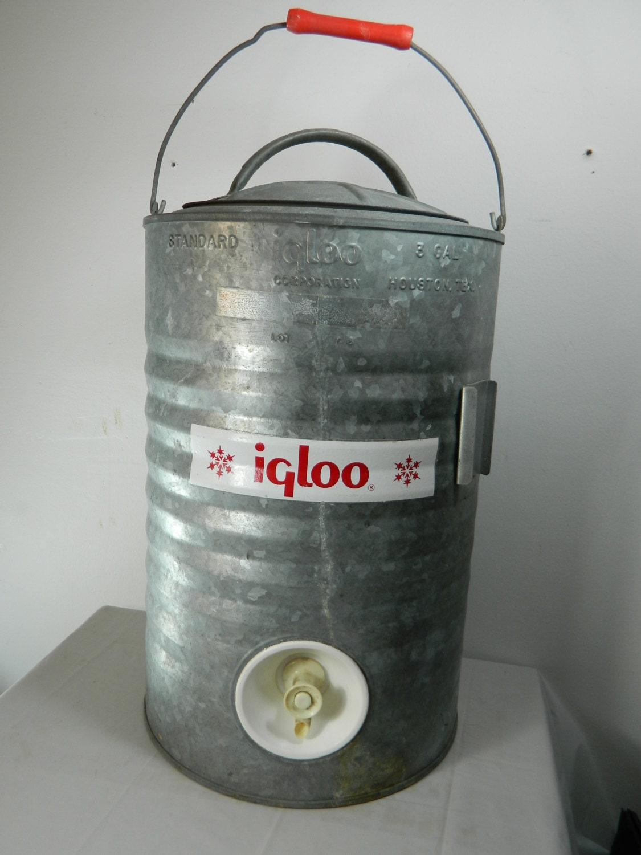 Vintage galvanized igloo water cooler 3 by 3sisterstreasures - Igloo vintage ...