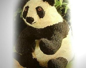 GIANT PANDA knitting pattern by Georgina Manvell pdf download